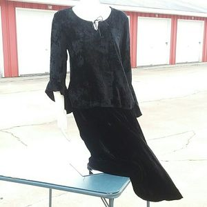 Witch Outfit!Black 2 Piece shirt & vintage skirt.